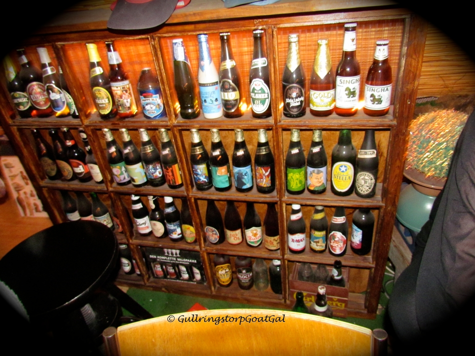 Bosse's collection of öl (beer) bottles from around the world. We have contributed beer bottles from Prague, USA, Sardinia, UK an