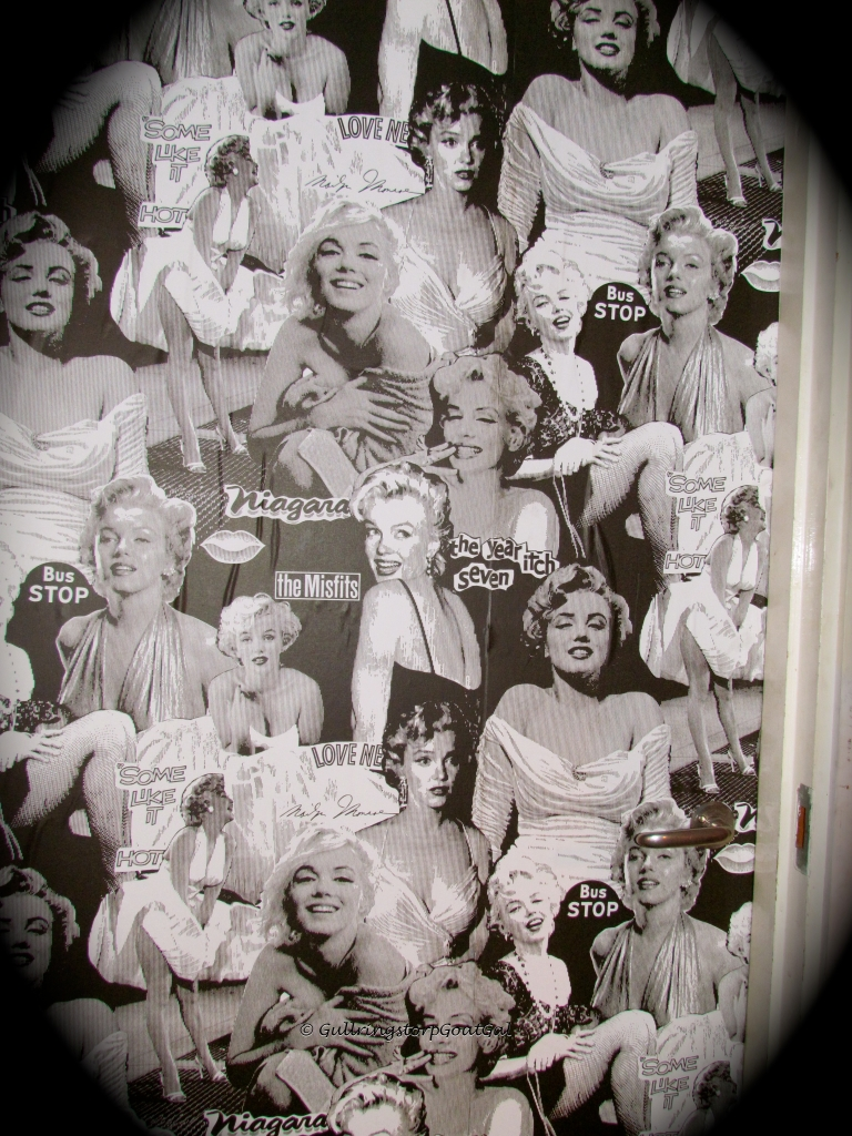 Marilyn Monroe is big in Sweden and can be found many places. Bosse's Pub is no exception