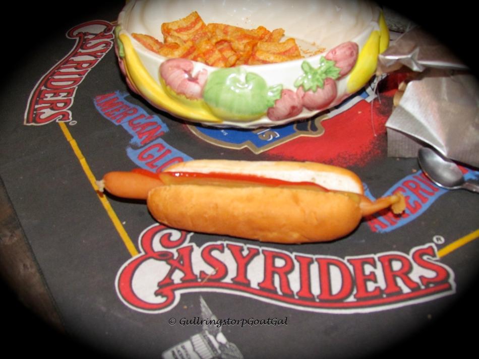 That's my hot dog! Yummy!!!