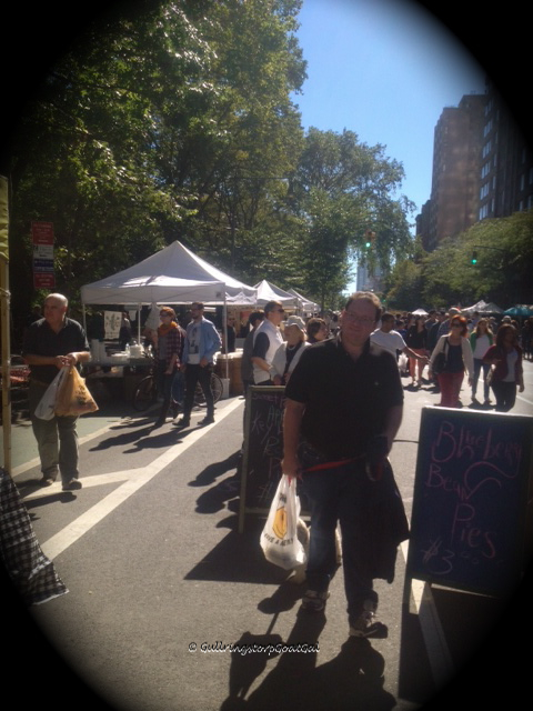 Another wonderful sight in Manhattan and pleasurable afternoon , street fairs! They are so much fun!!