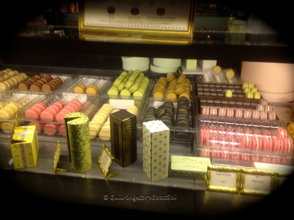 Famous macaroons of Paris