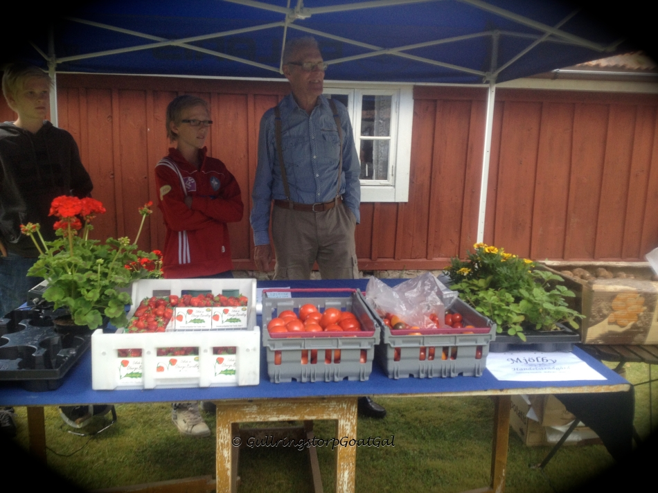 Local grown fresh farm produce. Oh the flavors of FRESH !